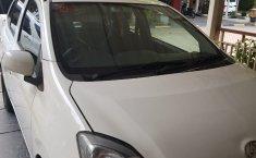 Dijual mobil bekas Daihatsu Ayla M 2015 murah di Jawa Barat