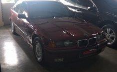 Jual mobil bekas BMW 3 Series 323i 1998 dengan harga murah di DKI Jakarta