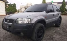 Mobil Ford Escape 2003 XLT terbaik di DKI Jakarta