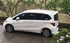 Jual mobil bekas murah Honda Freed PSD 2013 di Bali