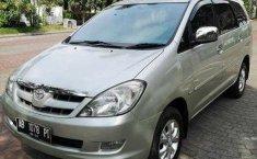 Jual cepat Toyota Kijang Innova 2.0 V 2005 bekas di DIY Yogyakarta