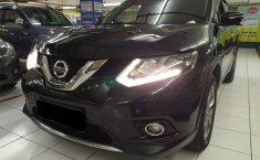 Jawa Timur, dijual mobil Nissan X Trail 2.5 AT 2015 bekas