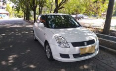 Dijual mobil Suzuki Swift ST 2010 bekas terbaik, Jawa Timur