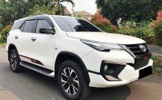 Jual mobil Toyota Fortuner TRD 2018 terawat di DKI Jakarta