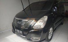 Jual mobil Hyundai H-1 Royale 2014 dengan harga terjangkau di Jawa Barat
