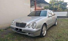 Mercedes-Benz E-Class 2001 DKI Jakarta dijual dengan harga termurah