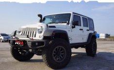 Jawa Barat, jual mobil Jeep Wrangler Sport CRD Unlimited 2014 dengan harga terjangkau