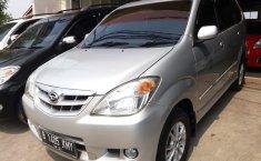 Jual mobil Daihatsu Xenia Xi DELUXE 2010 dengan harga terjangkau di Jawa Barat