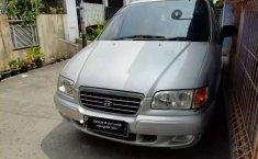 Dijual mobil bekas Hyundai Trajet GL8, Banten