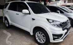 Mobil Daihatsu Terios 2015 R dijual, Pulau Riau