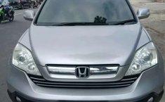 Mobil Honda CR-V 2007 2.4 terbaik di Sumatra Barat