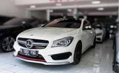 Jual mobil bekas murah Mercedes-Benz CLA45 L4 2.4 AMG Automatic 2014 di Jawa Timur
