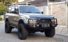 Mobil Toyota Land Cruiser 1999 dijual, Jawa Timur