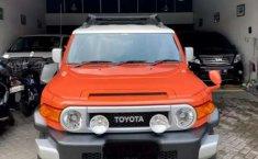DKI Jakarta, Toyota FJ Cruiser V6 4.0 Automatic 2014 kondisi terawat