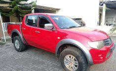 Mobil Mitsubishi Triton 2012 terbaik di Jawa Tengah