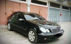 Mercedes-Benz C-Class 2001 Sumatra Utara dijual dengan harga termurah