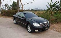 Banten, Toyota Crown 2005 kondisi terawat