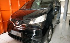 Jual mobil Nissan Evalia SV 2013 terawat di Jawa Barat