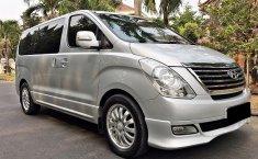 Jual mobil Hyundai H-1 Royale 2012 murah di DKI Jakarta