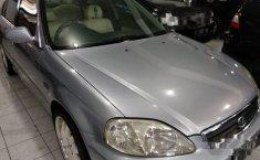 Mobil Honda Civic 2000 2 terbaik di Jawa Timur