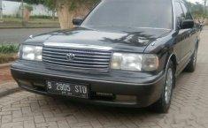 Jual mobil bekas murah Toyota Crown Royal Saloon 1993 di Banten