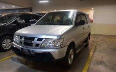 Mobil Isuzu Panther 2012 LM dijual, Banten