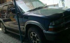 Jual mobil Opel Blazer 2000 bekas, Jawa Tengah