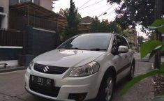 Jual mobil Suzuki SX4 X-Over 2010 bekas, Jawa Barat