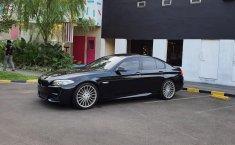 Jual cepat BMW 5 Series 520i 2013 harga terjangkau di DKI Jakarta