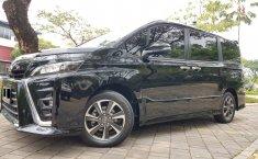 Banten, dijual mobil Toyota Voxy AT 2018 murah