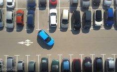 Kenapa Posisi Setir Mobil Wajib Lurus Saat Parkir, Ini Jawabannya