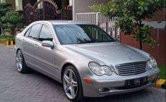 Jual Mercedes-Benz C-Class C200 2001 harga murah di Jawa Timur