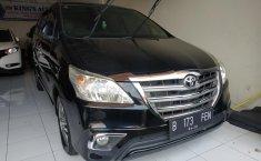 Jawa Barat, dijual mobil Toyota Kijang Innova 2.5 V Diesel 2014 / 2015 terawat