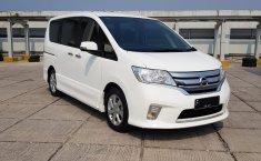 Jual mobil Nissan Serena Highway Star 2013 dengan harga terjangkau di DKI Jakarta
