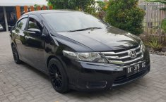 Dijual cepat Honda City E 2013 bekas murah di DIY Yogyakarta