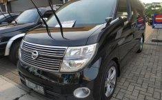 Jual mobil Nissan Elgrand Highway Star 2008 murah di Jawa Barat