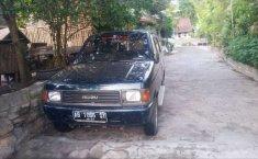 Mobil Isuzu Panther 1995 2.3 Manual dijual, DIY Yogyakarta