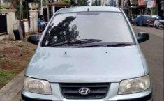 Mobil Hyundai Matrix 2002 terbaik di Banten