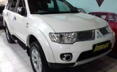 Mitsubishi Pajero Sport 2011 Jawa Timur dijual dengan harga termurah