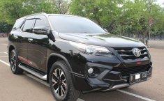 Jual mobil Toyota Fortuner VRZ TRD 2019 murah di DKI Jakarta