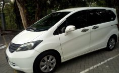 Jawa Tengah, mobil bekas Honda Freed PSD 2011 dijual