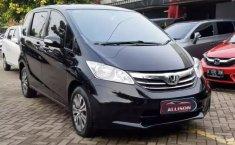 Jual mobil Honda Freed SD 2013 murah di Banten