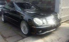 DKI Jakarta, jual mobil Mercedes-Benz E-Class 260 2003 dengan harga terjangkau
