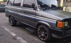 DIY Yogyakarta, Toyota Kijang 1989 kondisi terawat
