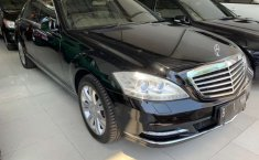 Mercedes-Benz S-Class 2010 Jawa Timur dijual dengan harga termurah