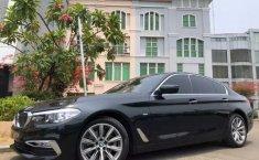 Jual cepat mobil BMW 5 Series 520i 2019 di DKI Jakarta