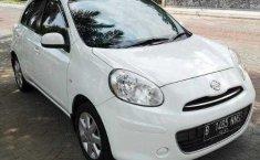 DIY Yogyakarta, dijual mobil Nissan March 1.2L 2013 bekas