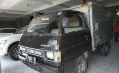 Jual cepat mobil Mitsubishi Colt L300 Box 2005 di DIY Yogyakarta