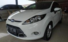 Mobil Ford Fiesta S AT 2011 dijual, Jawa Barat