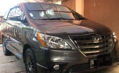 Jawa Timur, Toyota Kijang Innova 2.5 G 2015 kondisi terawat